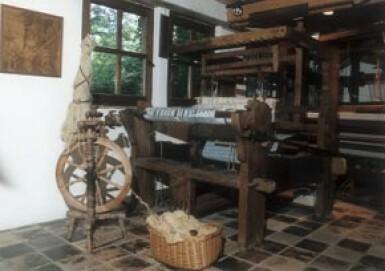 Textilmuseum Stiftung DIE SCHEUNE Spinnen/Weben +