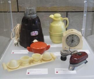 Haushaltswaren aus Kunststoff (1930-1960)